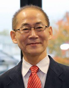 آقای هوسونگ لی متخخص اقتصاد تفییر اقلیم و رییس کنونی پنل Hoesung Lee