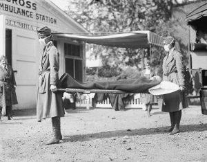 """"""" حمل بیمار به بیمارستان، واشنگتن دی سی ، 1918"""""""